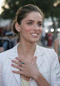 Amanda Peet at the premiere of