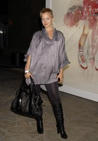 Mena Suvari at the Antony Micallefs debut Los Angeles show
