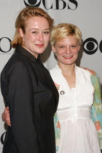 Jennifer Ehle and Martha Plimpton at the 2007 Tony Awards.