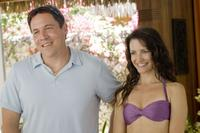 Jon Favreau as Joey and Kristin Davis as Lucy in