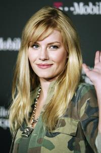 Elisha Cuthbert at the T-Mobile Sidekick II Launch Party.