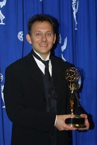 Michael Emerson at the 2001 Primetime Creative Arts Emmy Awards.