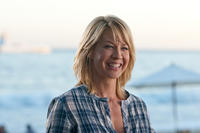 Jenna Elfman as Annie in