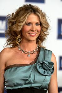 Jenna Elfman at the 6th Annual General Motors TEN event.