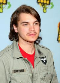 Emile Hirsch at the Nickelodeon's 2008 Kids' Choice Awards.