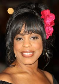 Niecy Nash at the premiere of