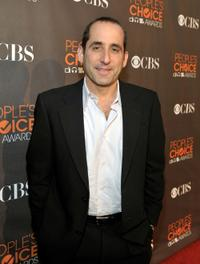 Peter Jacobson at the People's Choice Awards 2010.