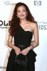 Shu Qi at the amfAR's (American Foundation for AIDS Research)