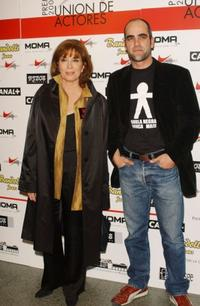 Mercedes Sampietro and Luis Tosar at the Spanish Actors Union Awards.