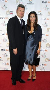 Jami Gertz and Tony Ressler at the 2nd Annual Noche De Ninos, in aid of the Childrens Hospital Los Angeles, honoring Johnny Depp at the Beverly Hills Hotel.