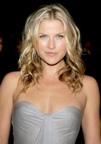 Ali Larter at the 2007 Vanity Fair Oscar Party.