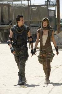 Oded Fehr and Milla Jovovich in