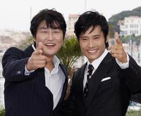 Song Kang-Ho and Lee Byung-Hun at the photocall of