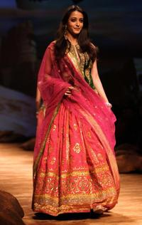 Raima Sen at the inaugural show of HDIL India Couture Week.