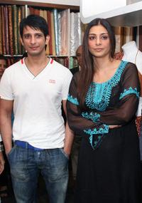 Sharman Joshi and Tabu at the promotional event of