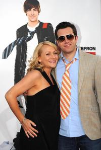 Nicole Sullivan and Jason Packham at the Los Angeles premiere of
