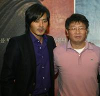 Jang Dong-gun and Director Kwak Kyung-Tack at the press conference of