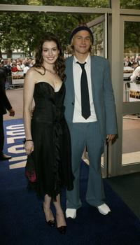 Anne Hathaway and Charlie Hunnam at the premiere of