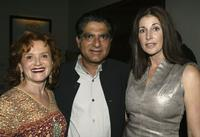 Tara Guber, Deepak Chopra and Betsy Fifield at the 10x10:100 ways to help our children charity Fundraiser.