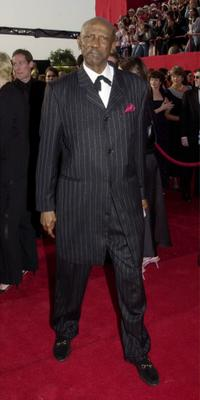Louis Gossett, Jr. at the 73rd Annual Academy Awards.
