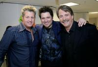 Gary LeVox, Jay DeMarcus and Jeff Foxworthy at the 2007 CMT Music Awards.