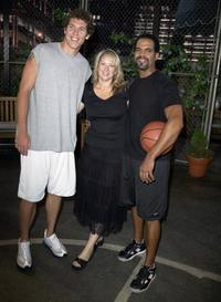 Luke Walton, Director Kathy Foster and Kristoff St. John at the CBS daytime television drama