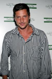 Simon Rex at the Travis McCoys birthday celebration.