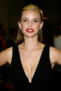 Actress Kelli Garner at the premiere of
