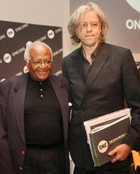 Desmond Tutu and Bob Geldof at the press conference in London.