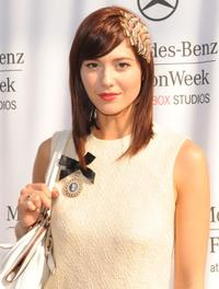 Mary Elizabeth Winstead at the Spring 2009 Mercedes-Benz Fashion Week.