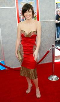 Mary Elizabeth Winstead at the Disney premiere of