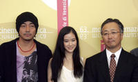 Nao Omori, Aoi Yu and director Otomo Katsushiro at the photocall of