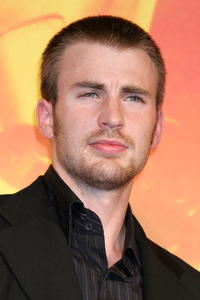 Chris Evans at the Japan premiere of