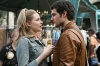 Evan Rachel Wood as Melody and Henry Cavill as Randy in