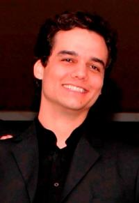 Wagner Moura at the premiere of