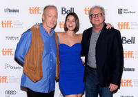 Frank Deal, Kether Donohue and director Barry Levinson at the premiere of