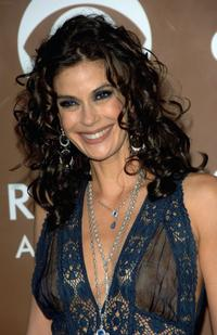 Teri Hatcher at the 48th Annual Grammy Awards.