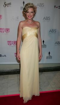Elaine Hendrix at the 6th Annual