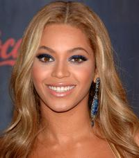 Beyonce Knowles at the 2007 American Music Awards.