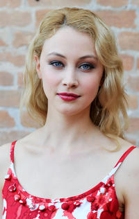 Sarah Gadon at the portrait session of