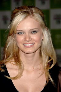 Sara Paxton at the 16th annual Environmental Media Awards in L.A.