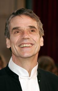 Jeremy Irons at the 77th Annual Academy Awards.