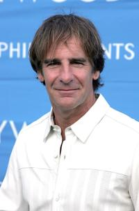 Scott Bakula at the 8th Annual Hollywood Bowl Hall Of Fame Night honoring its Orchestra Founding Director John Mauceri and Tenor Placido Domingo at the Hollywood Bowl.