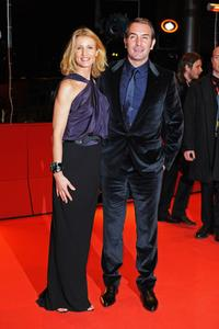 Alexandra Lamy and Jean Dujardin at the premiere of