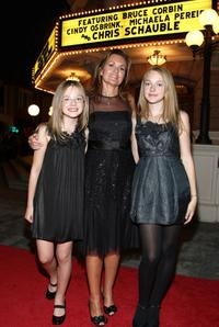 Elle Fanning, Cindy Osbrink and Dakota Fanning at the Optimist Youth Homes and Family Services 2008 Mentor Awards Dinner and Fashion Show.