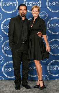 Janet Jones and Ricardo Chavira at the 2007 ESPY Awards.