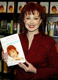 Naomi Judd at the signing of her book