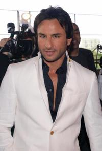 Saif Ali Khan at the Zee Cine Film Awards 2008.