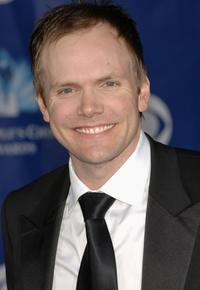 Joel McHale at the 32nd Annual People's Choice Awards.