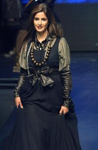 Katrina Kaif at the Grande Finale of Lakme India Fashion Week.